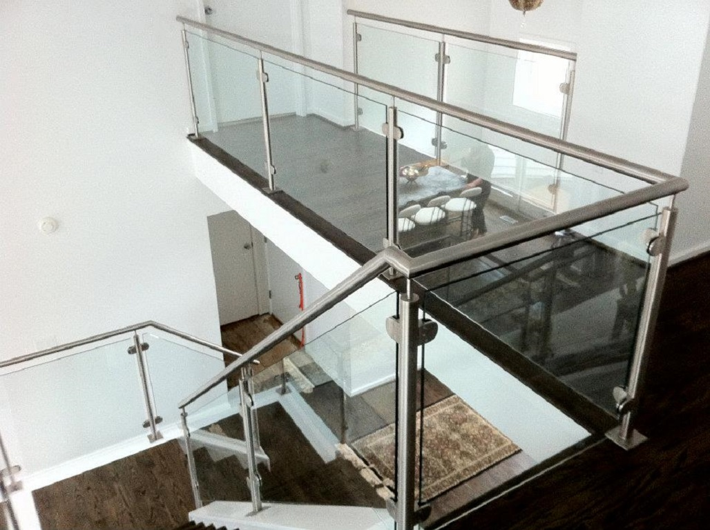 Handrail Glass Installation